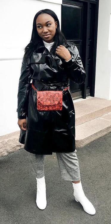 grayl-slim-pants-red-bag-fannypack-black-jacket-coat-white-tee-turtleneck-brun-white-shoe-booties-fall-winter-lunch.jpg