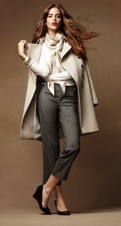 grayd-slim-pants-white-sweater-white-jacket-coat-howtowear-fashion-style-outfit-fall-winter-white-scarf-silk-tweed-wedge-black-shoe-pumps-hairr-work.jpg