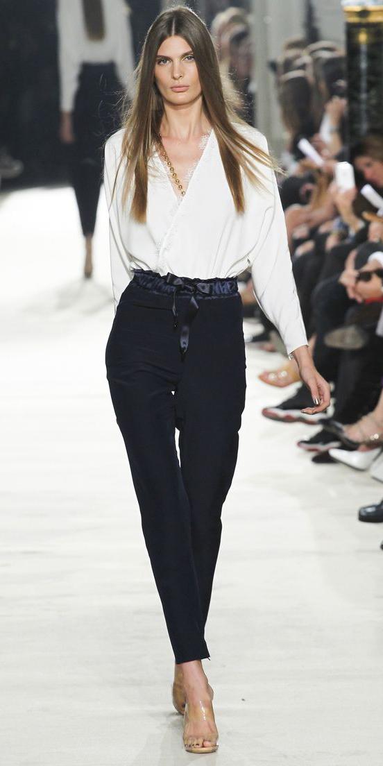 black-slim-pants-white-top-tan-shoe-sandalh-howtowear-fashion-style-outfit-spring-summer-runway-hairr-work.jpg