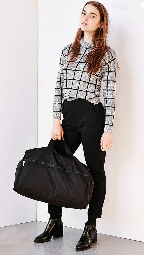 black-slim-pants-grayl-sweater-black-bag-howtowear-windowpane-black-shoe-booties-urbanoutfitters-outfit-fall-winter-hairr-weekend.jpg