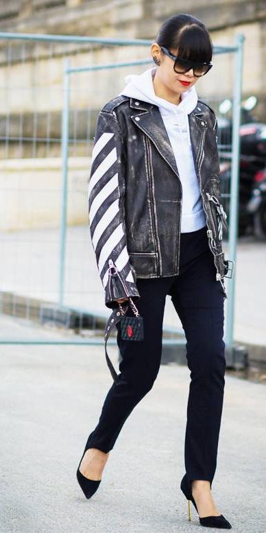 black-slim-pants-white-sweater-sweatshirt-hoodie-black-jacket-moto-brun-black-shoe-pumps-fall-winter-lunch.jpg