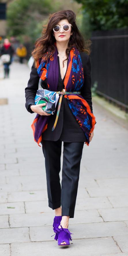 black-slim-pants-suit-purple-royal-scarf-belt-sun-purple-royal-shoe-sandalh-black-jacket-blazer-fall-winter-brun-dinner.jpg