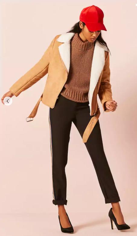 black-slim-pants-camel-sweater-hat-cap-black-shoe-pumps-camel-jacket-moto-fall-winter-brun-lunch.jpg