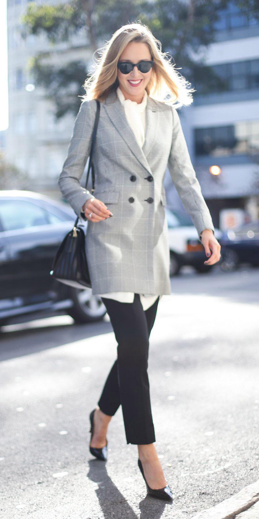 black-slim-pants-black-shoe-pumps-black-bag-grayl-jacket-blazer-boyfriend-fall-winter-blonde-work.jpg