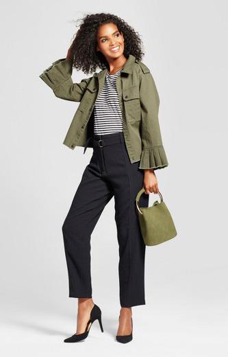 black-slim-pants-black-tee-stripe-green-olive-jacket-utility-green-bag-black-shoe-pumps-brun-fall-winter-work.jpg