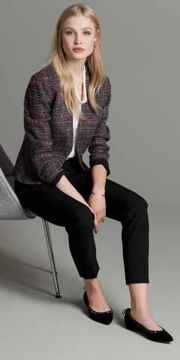 black-slim-pants-white-sweater-purple-royal-jacket-lady-tweed-black-shoe-flats-howtowear-fall-winter-blonde-work.jpg