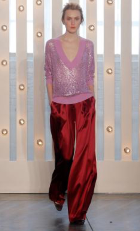 red-wideleg-pants-pink-light-sweater-bun-howtowear-style-fashion-fall-winter-tonal-runway-vneck-blonde-dinner.jpg
