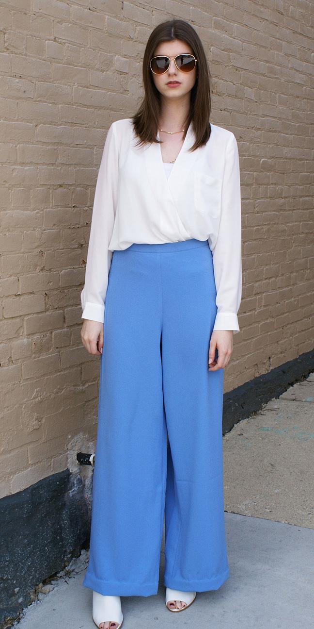 blue-med-wideleg-pants-white-shoe-sandalh-white-top-blouse-hairr-sun-spring-summer-work.jpg