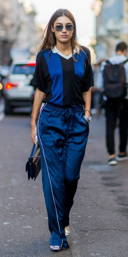 blue-navy-wideleg-pants-trackpants-blue-navy-tee-polo-hairr-sun-blue-bag-spring-summer-lunch.jpg