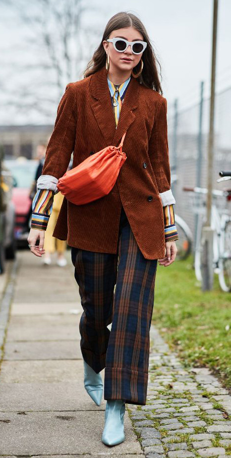 blue-navy-wideleg-pants-plaid-camel-jacket-blazer-corduroy-orange-bag-sun-hairr-blue-shoe-booties-hoops-fall-winter-lunch.jpg