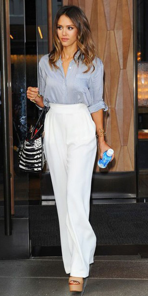 white-wideleg-pants-blue-light-collared-shirt-tan-shoe-sandalw-jessicaalba-spring-summer-hairr-work.jpg