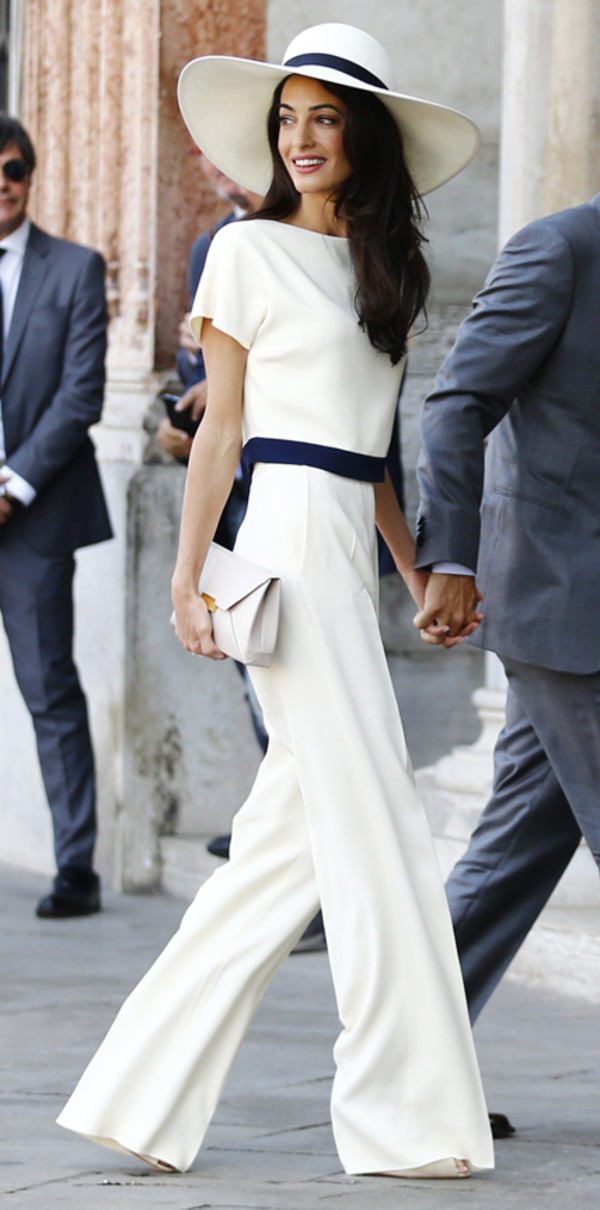 white-wideleg-pants-white-top-hat-races-white-bag-clutch-mono-spring-summer-brun-lunch.jpg