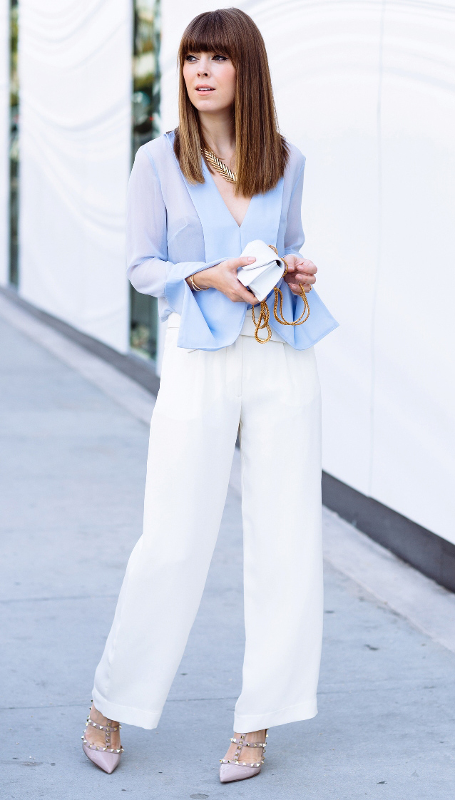 white-wideleg-pants-blue-light-top-blouse-necklace-tan-shoe-pumps-howtowear-fashion-style-outfit-spring-summer-office-hairr-work.jpg
