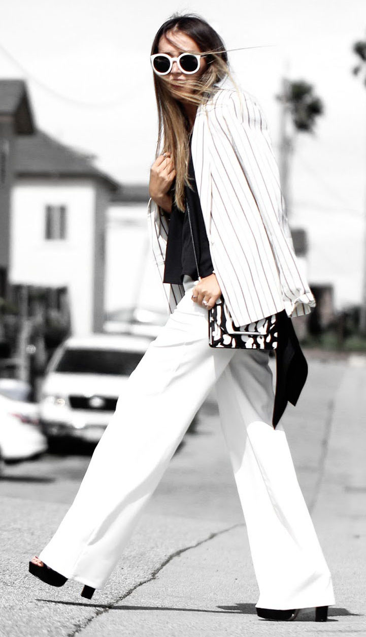 white-wideleg-pants-white-jacket-blazer-sun-black-shoe-sandalh-spring-summer-brun-lunch.jpg
