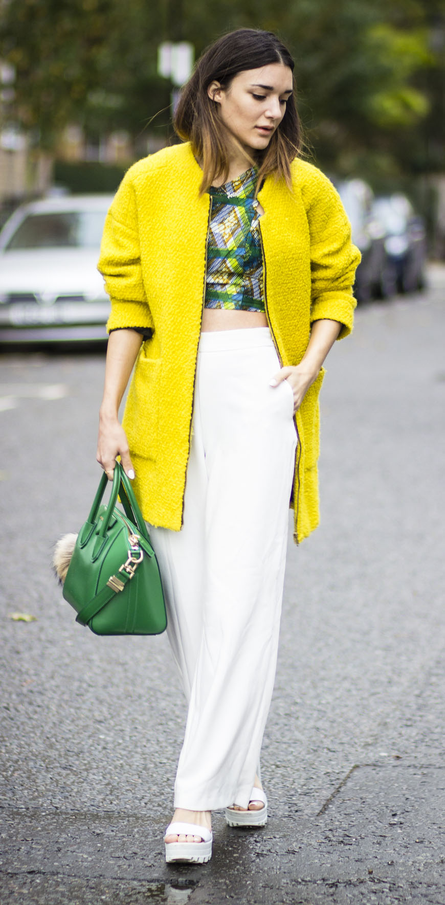 white-wideleg-pants-green-emerald-crop-top-green-bag-white-shoe-sandalw-yellow-jacket-coat-yellow-jacket-bomber-spring-summer-blonde-lunch.jpg