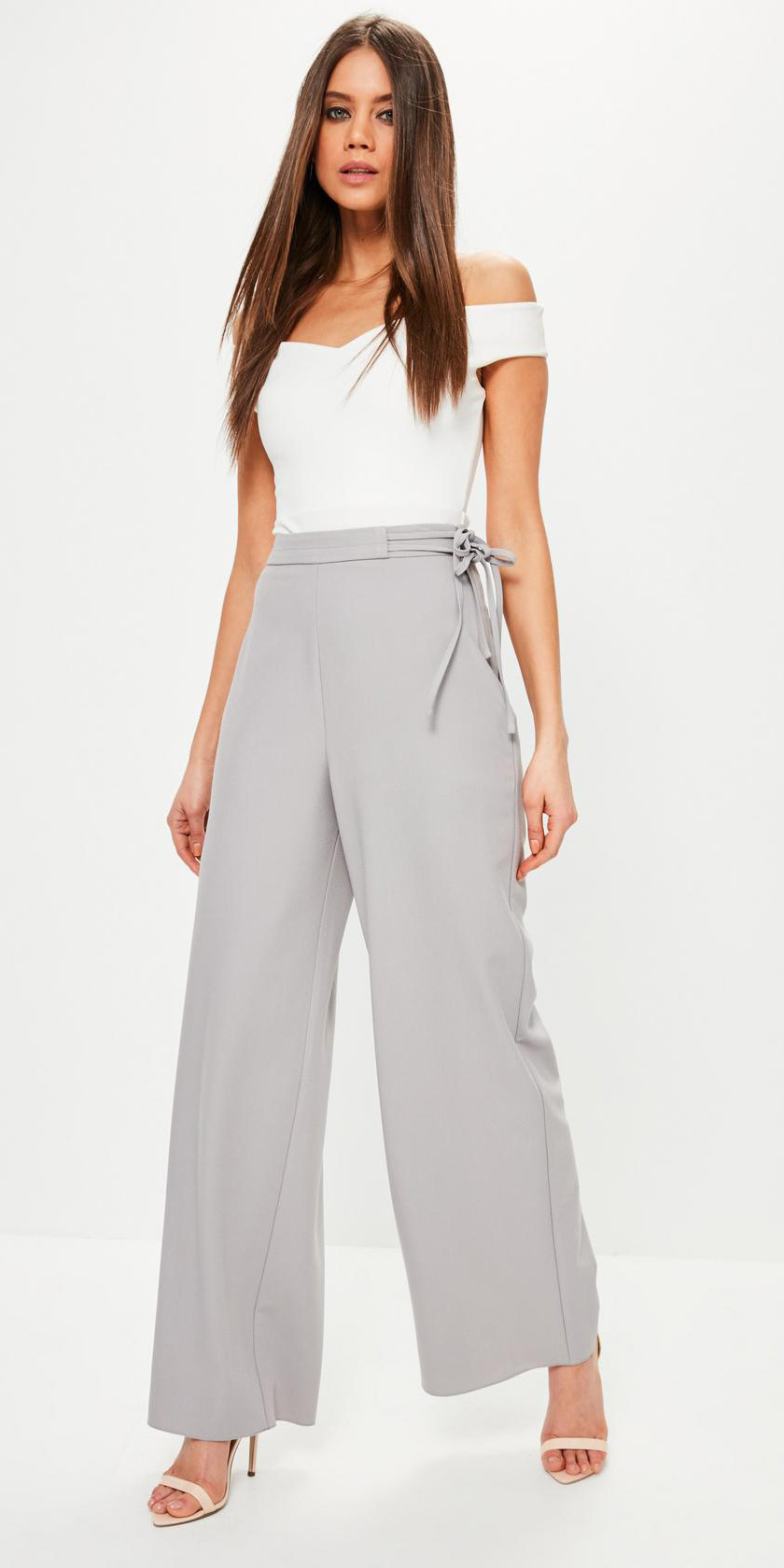 grayl-wideleg-pants-white-top-offshoulder-white-shoe-sandalh-spring-summer-hairr-dinner.jpg