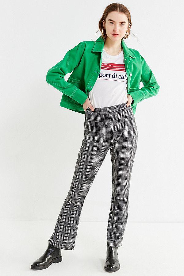 grayd-wideleg-pants-plaid-white-graphic-tee-green-emerald-jacket-jean-hairr-hoops-black-shoe-booties-fall-winter-weekend.jpg