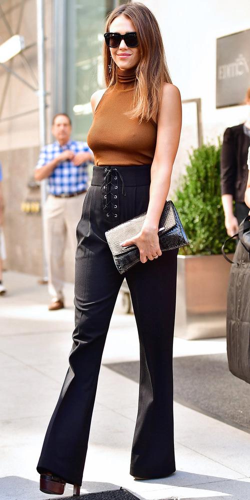 how-to-style-black-wideleg-pants-camel-sweater-sleeveless-hairr-sun-black-bag-clutch-fall-winter-fashion-jessicaalba-lunch.jpg