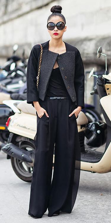black-wideleg-pants-black-tee-black-jacket-bun-sun-mono-fall-winter-brun-lunch.jpg