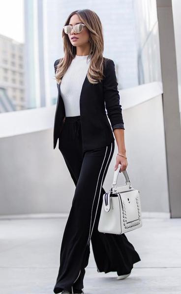 black-wideleg-pants-trackpants-white-bag-white-top-black-jacket-blazer-blonde-sun-fall-winter-lunch.jpg