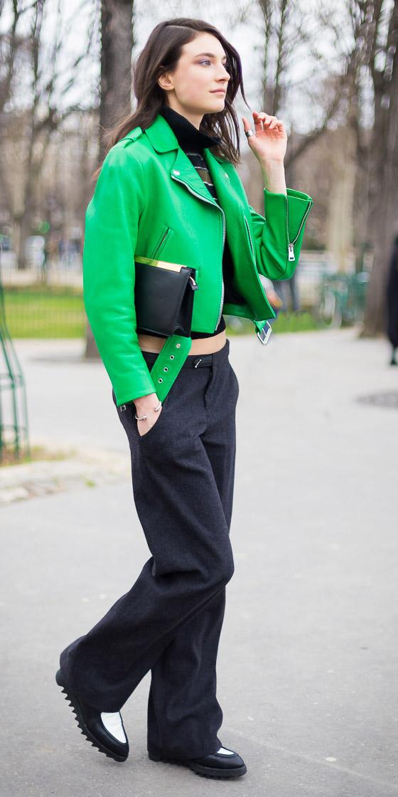 black-wideleg-pants-black-shoe-brogues-brun-green-emerald-jacket-moto-fall-winter-weekend.jpg