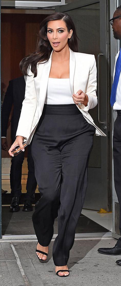 black-wideleg-pants-white-tee-white-jacket-blazer-black-shoe-sandalh-kimkardashian-brun-spring-summer-work.jpg
