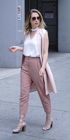 pink-light-joggers-pants-white-top-blonde-pink-light-vest-tailor-tan-shoe-sandalh-spring-summer-lunch.jpg
