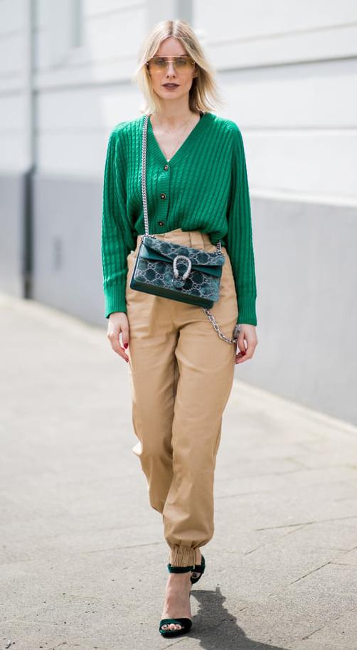 tan-joggers-pants-green-emerald-cardigan-green-bag-green-shoe-sandalh-blonde-sun-fall-winter-lunch.jpg