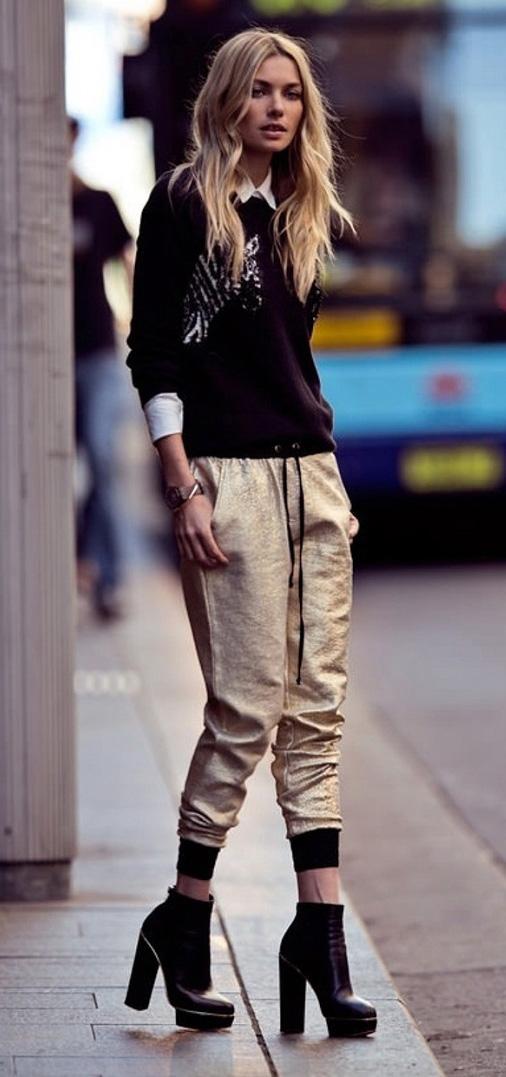 tan-joggers-pants-gold-black-sweater-blonde-black-shoe-booties-white-collared-shirt-fall-winter-dinner.jpg
