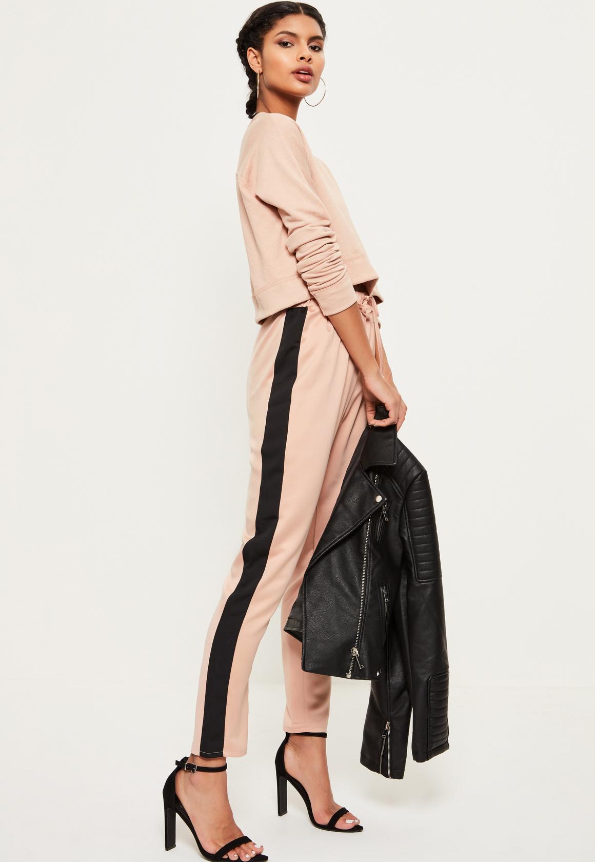 peach-joggers-pants-peach-sweater-sweatshirt-brun-braid-black-shoe-sandalh-black-jacket-moto-spring-summer-lunch-hoops-tracksuit.jpg