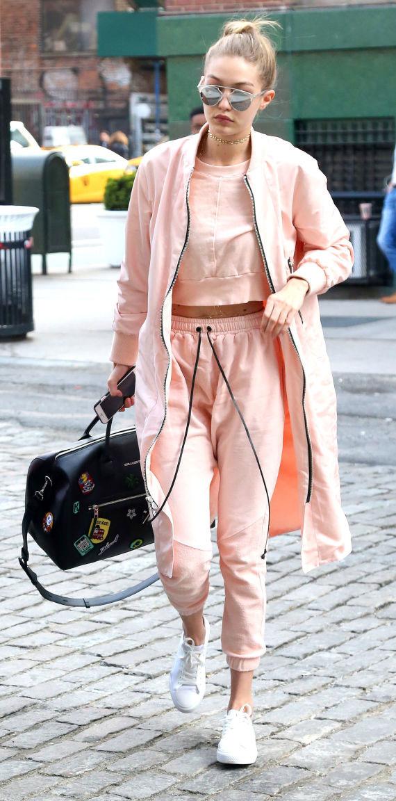 o-peach-joggers-pants-o-peach-sweater-sweatshirt-matching-black-bag-white-peasant-bun-sun-choker-crop-wear-style-fashion-spring-summer-blonde-gigihadid-streetstyle-weekend.jpg