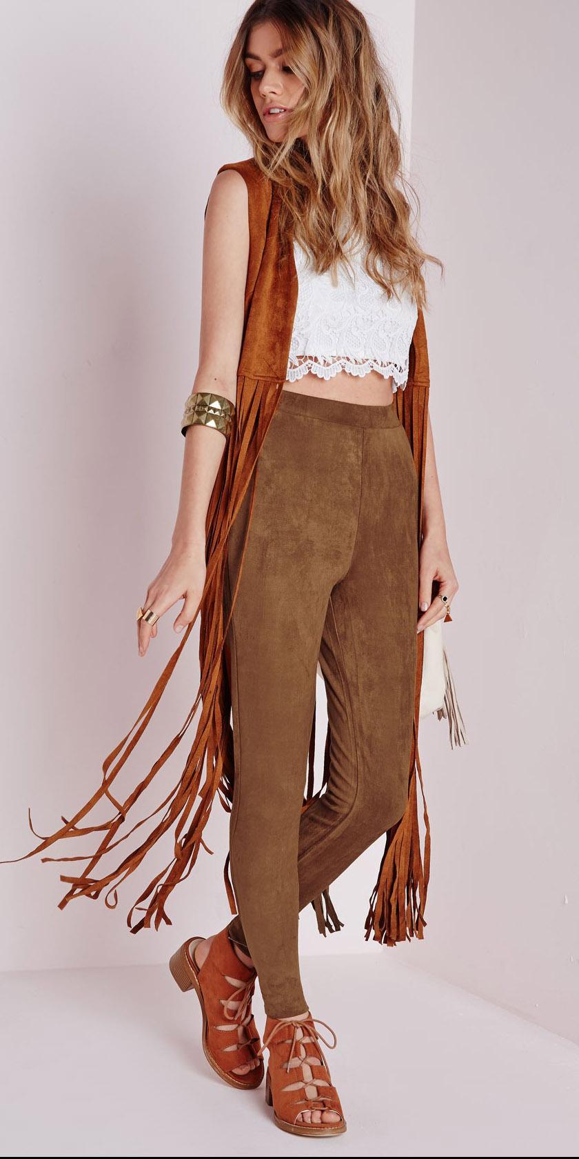 o-camel-joggers-pants-white-top-crop-camel-vest-cognac-shoe-sandalh-bracelet-suede-howtowear-fashion-style-outfit-spring-summer-hairr-weekend.jpg