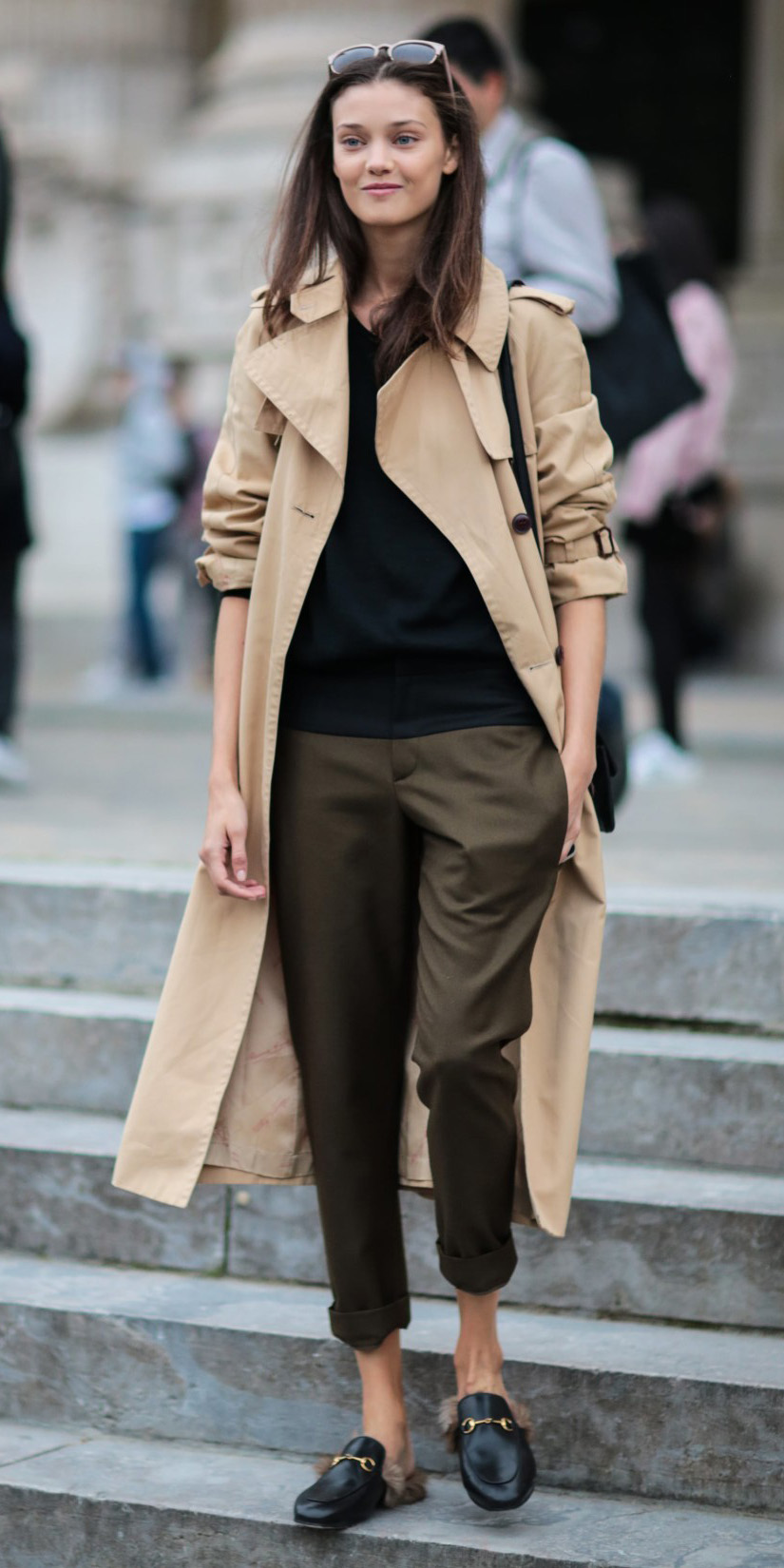 green-olive-joggers-pants-black-tee-brun-black-shoe-loafers-tan-jacket-coat-trench-fall-winter-weekend.jpg