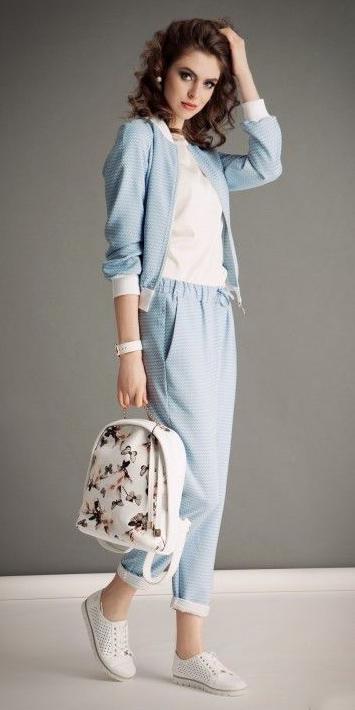 blue-light-joggers-pants-white-bag-pack-white-shoe-sneakers-blue-light-jacket-bomber-hairr-spring-summer-weekend.jpg