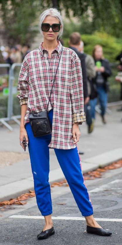 blue-med-joggers-pants-cobalt-tan-plaid-shirt-sun-blonde-black-bag-black-shoe-flats-fall-winter-weekend.jpg