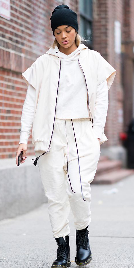 white-joggers-pants-black-shoe-booties-beanie-blonde-white-sweater-sweatshirt-hoodie-white-jacket-bomber-fall-winter-weekend.jpg