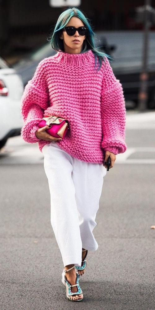 pink-magenta-sweater-blue-shoe-sandalh-pink-bag-white-joggers-pants-bluehair-spring-summer-lunch.jpg