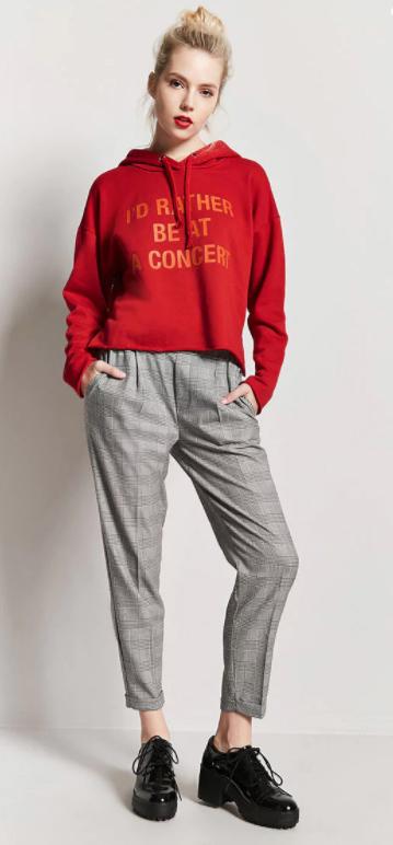 grayl-joggers-pants-red-sweater-sweatshirt-bun-black-shoe-brogues-howtowear-fall-winter-blonde-lunch.jpg