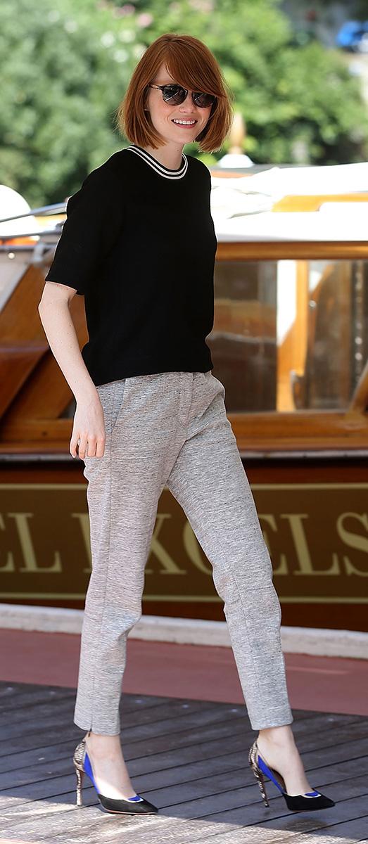 grayl-joggers-pants-black-sweater-black-shoe-pumps-emmastone-hairr-spring-summer-work.jpg