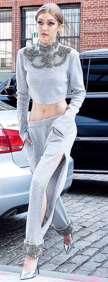 grayl-joggers-pants-grayl-sweater-crop-mono-match-suit-gray-shoe-pumps-gigihadid-spring-summer-blonde-lunch.jpg
