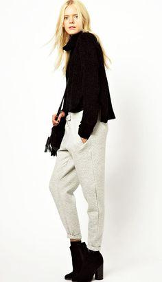 grayl-joggers-pants-black-sweater-black-shoe-booties-black-bag-wear-style-fashion-fall-winter-blonde-turtleneck-lunch.jpg