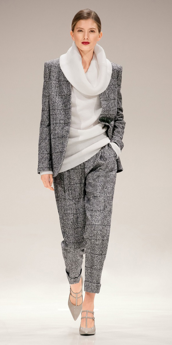 grayl-joggers-pants-white-sweater-cowlneck-hairr-gray-shoe-pumps-suit-grayl-jacket-blazer-fall-winter-bun-dinner-tweed.jpg
