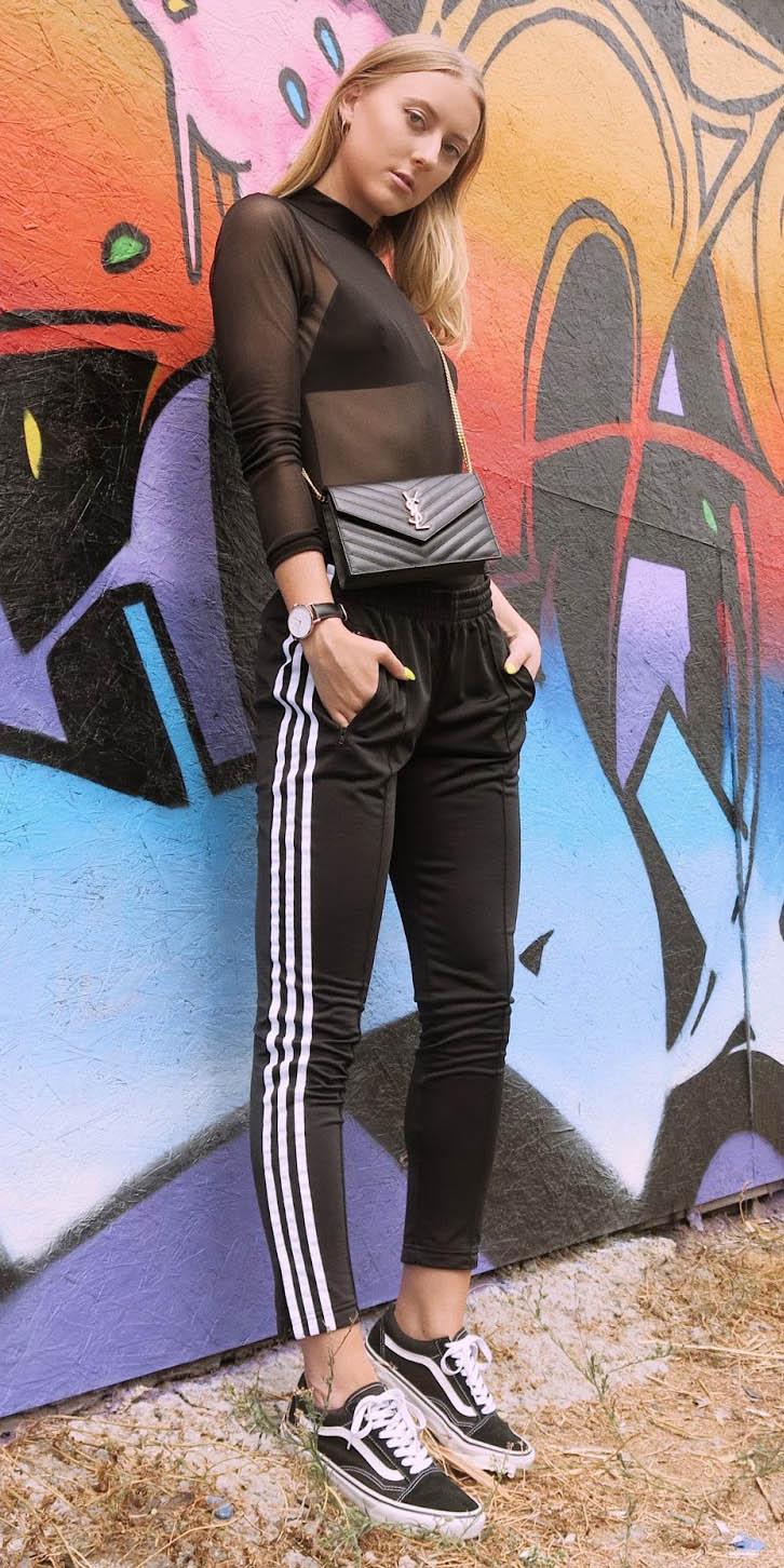 black-joggers-pants-trackpants-black-top-sheer-black-bralette-blonde-black-bag-black-shoe-sneakers-mono-fall-winter-lunch.JPG