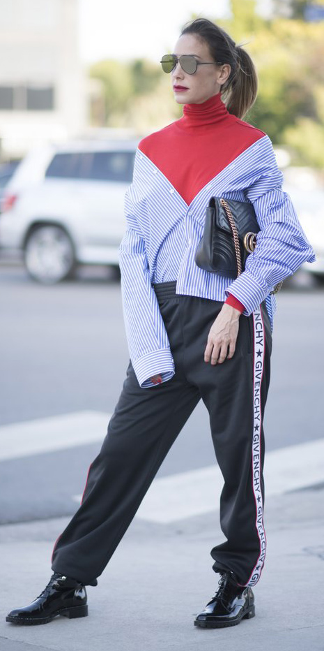 black-joggers-pants-trackpants-red-tee-turtleneck-blue-med-collared-shirt-layer-black-bag-black-shoe-booties-hairr-pony-sun-fall-winter-lunch.jpg
