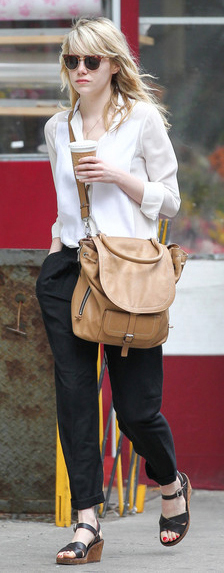 black-joggers-pants-white-collared-shirt-black-shoe-sandals-sun-spring-summer-emmastone-blonde-streetstyle-satchel-weekend.jpg