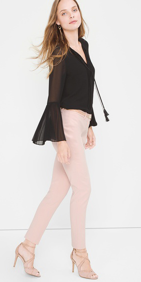 r-pink-light-skinny-jeans-black-top-blouse-peasant-tan-shoe-sandalh-earrings-wear-outfit-fashion-fall-winter-hairr-dinner.jpg
