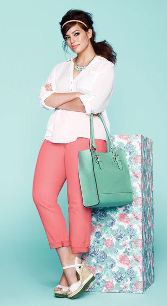 r-pink-light-skinny-jeans-white-top-blouse-green-bag-tote-bib-necklace-head-pony-white-shoe-sandalw-howtowear-fashion-style-outfit-spring-summer-brun-lunch.jpg
