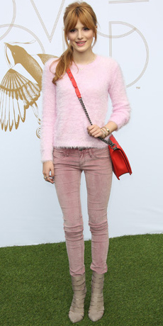 pink-light-skinny-jeans-pink-light-sweater-bellathorne-fall-winter-tan-shoe-booties-red-bag-pony-hairr-dinner.jpg