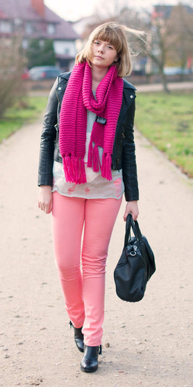 pink-light-skinny-jeans-pink-magenta-scarf-black-bag-black-shoe-booties-black-jacket-moto-fall-winter-blonde-weekend.jpg