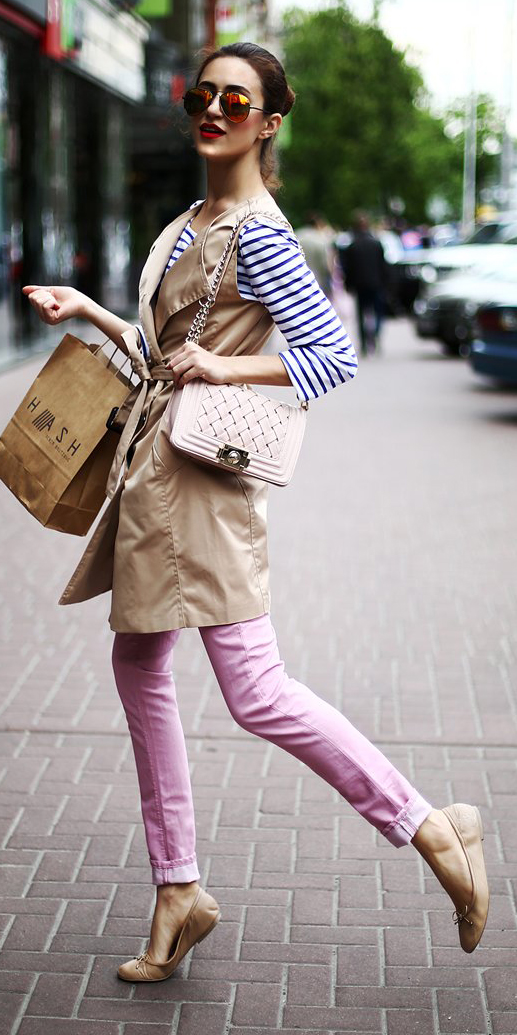 pink-light-skinny-jeans-blue-navy-tee-stripe-white-bag-tan-vest-utility-hairr-sun-bun-tan-shoe-flats-spring-summer-lunch.jpg